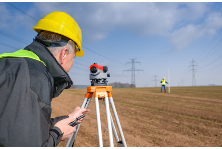 Land Surveyor for boundaries